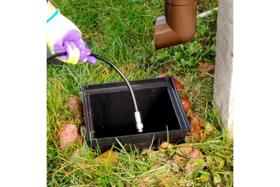 Шланг прочистки и промывки труб в работе на примере водосточной, ливневой канализации и дождеприемника