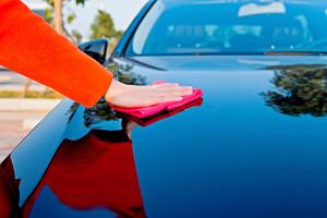 Плюсы и минусы покрытия автомобиля воском